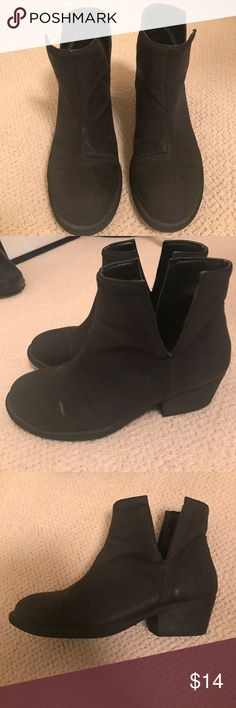 Black ankle boots with 1.5 inch heel Black ankle booties with side V cutout. 1.5 inch heel. Only worn a few times. Have a slight shine to them which makes them perfect for casual or dressy occasions. Size 6. Tag still on bottom Qupid Shoes Ankle Boots & Booties