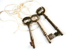 Keys to the Kingdom. . . Vintage Skeleton Keys