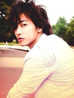Takeru Satoh (2011 calendar)