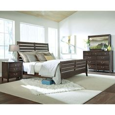 Montreat Sleigh Bedroom Set . . . With a few coastal accessories, this would be as tinning bedroom!