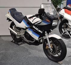 Suzuki RG250 Gamma - スズキ・ガンマ - Wikipedia