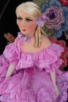 ANTIQUE-FRENCH-BOUDOIR-DOLL-PARIS-1920-RARE-SILK-FASHION-DOLL