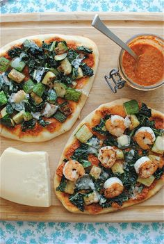 Trapanese Pesto Pizza with Shrimp and Kale / Bev Cooks