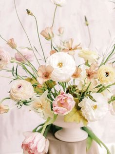 Arrangement by Ha Tran - Idyll Studio Co. Sydney Wedding arrangement, made of blush tulip and white ranunculus Ranunculus Centerpiece, White Ranunculus, Tulip Bouquet, Ranunculus Boutonniere, Centrepieces, Pink Peonies, Yellow Roses, Pink Roses, Floral Arrangements