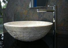 Best Das beliebte Material Naturstein findet man auch in der Badausstellung von HEIMWOHL Freiburg
