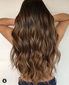 Balayage Hair Caramel, Brown Hair Balayage, Brown Blonde Hair, Light Brown Hair, Hair Color Balayage, Light Hair, Brunette Hair With Highlights, Babylights Brunette, Brunette With Lowlights