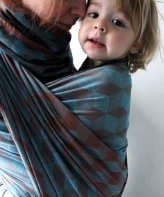 didymos | tina woven wrap (via http://www.unruly-things.com/2011/06/guest-post-beautiful-baby-carriers.html)