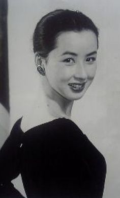昔の八千草薫 : 「こんな美人だったのかよ!」昔驚くほど綺麗だった女性芸能人の画像まとめ - NAVER まとめ