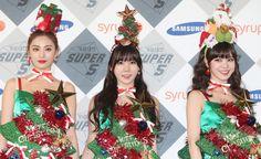 韓国・ソウル放送(SBS)が韓国総合貿易センター(COEX)で開催した「SBS歌謡大祭典2014」に臨む、ガールズグループ「アフタースクール(AFTERSCHOOL)」の派生ユニット「オレンジキャラメル(ORANGE CARAMEL)」のメンバー(2014年12月21日撮影)。(c)STARNEWS ▼24Dec2014AFP|年末恒例のSBS「歌謡大祭典」、ソウルで開催 http://www.afpbb.com/articles/-/3035058 #애프터스쿨 #After_School #آفتر_سكول อาฟเตอร์สกูล #오렌지캬라멜 #Orange_Caramel #橙子焦糖 ออเรนจ์คาราเมล