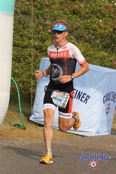 Red Bull Tri Islands: Hol dir dein Triathlonbild!