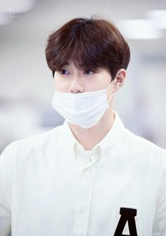 Suho - 170824 Gimpo Airport, departing for Tokyo Credit: Snowflake Boy. Kim Joon Myeon, Instagram King, Baekhyun Chanyeol, Just Friends, Love And Respect, Comedians, Boyfriend Pictures, Mermaid, Menswear