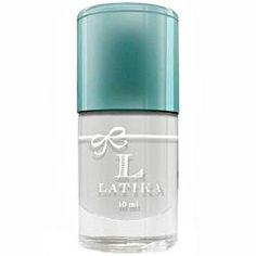 Confere proteção e evita descamação das unhas e possíveis amarelamentos. Auxilia a manter a hidratação das unhas e a Latika Base Coat enche a unha de brilho após a esmaltação.