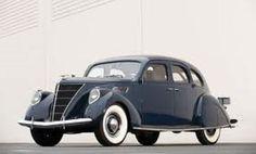 1938 Lincoln Zephyr 4-Door Blue Sedan.