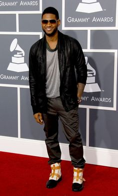 GRAMMY winner Usher at the 53rd Annual Grammy Awards in 2011.
