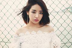 South Korean Girls, Korean Girl Groups, J-pop Music, K Pop Star, Pop Singers, Korean Celebrities, Korean Singer, Lady, Pretty People
