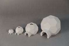 Nesting Igloos by MakerBot http://thingiverse.com/thing:34774