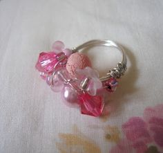 STRAWBERRY BOX: Bead and wire ring tutorial