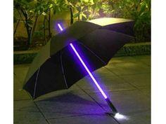 El Paraguas Led con Linterna es un regalo muy original y divertido para lucir bajo la lluvia.