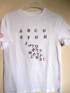 Customiser un tee shirt : l'alphabet en vrac