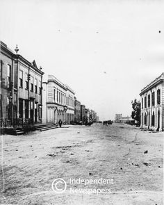 Adderley Street, Cape Town, 1876 | UCT Libraries Digital Collections Old Photos, Vintage Photos, Cities In Africa, Baden Powell, Most Beautiful Cities, Places Of Interest, African History, Cape Town, Castles
