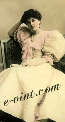 Vintage 1900-1909 Dressy Gown Fashions Image Download Contents