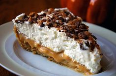 Luscious Caramel Banana {Banoffee} Pie