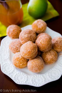 Apple Cider Donut Holes. Baked, not fried | sallysbakingaddiction.com