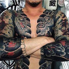 Japanese tattoo sleeves by @takizo_moro. #japaneseink #japanesetattoo #irezumi #tebori #colortattoo #colorfultattoo #cooltattoo #largetattoo #armtattoo #chesttattoo #dragontattoo #scripttattoo #blackwork #blackink #blacktattoo #wavetattoo #naturetattoo