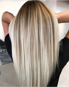 Most beautiful blends of balayage hair colors for long and medium length haircut. - - balayage hair blonde Most beautiful blends of balayage hair colors for long and medium length haircuts to sport in All the women who are searchi. Latest Hair Color, Cool Hair Color, Cute Hair Colors, Hair Colours, Straight Hairstyles, Cool Hairstyles, Long Blonde Hairstyles, Female Hairstyles, Hair Colorful
