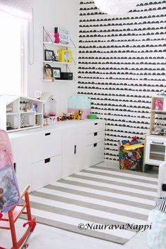 ferm living half moon stuva lastenhuone Ikea Playroom, Playroom Table, Playroom Organization, Trofast Ikea, Kallax, Kids Storage, Big Girl Rooms, Malm, Kids Corner