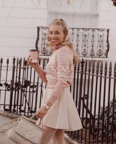 Girly Outfits, Chic Outfits, Fashion Outfits, Holiday Outfits, Winter Outfits, Blair Waldorf Outfits, Elegantes Outfit, Classy Women, Feminine Style