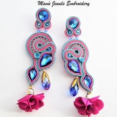 Soutache earrings blue fuxia, elegant Long earrings whit bright Crystals for a chic evening. To give a shock With colorful earrings And a breath of freshness whit tassel earrings. To always be fashionable whit soutache Jewelry