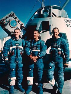 Apollo8- Borman Anders Lovell first men to flow around the moon