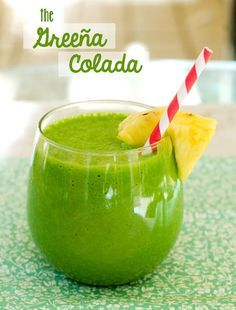 The Greeña Colada Smoothie (spinach, pieapple, coconut milk and -water)