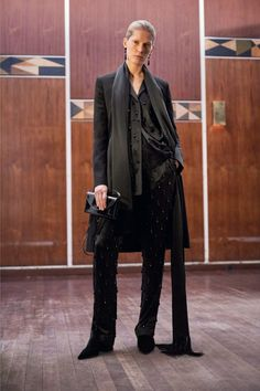 09-givenchy-prefall-17