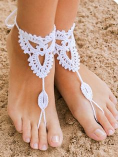 Beach wedding White Crochet Barefoot Sandals Nude shoes by barmine Boho Crochet, Crochet Shoes, Beach Crochet, Hand Crochet, Cotton Crochet, Single Crochet, Anklet Jewelry, Anklet Bracelet, Feet Jewelry