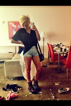 Miley Cyrus grunge