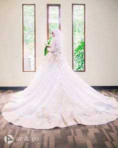 Stunning  The Wedding of @ameerazaini & @hasnorrozaini  Great shot by @_az.co  . . . #muslimwedding #gelin #dugun #gelinlik #damat #hijabstyle #malaywedding #themodestymovement #bridestory #weddingku #nikkah #tesettur #weddingphotography #akadnikah #prewedding #hijabi #hijaber #weddingphoto #gelinbuketi #pernikahan #pengantin #pengantinmuslim #pengantinmalaysia by muslimweddingideas