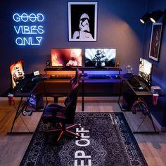 Gamer Bedroom, Bedroom Setup, Room Ideas Bedroom, Computer Gaming Room, Gaming Room Setup, Gaming Chair, Best Gaming Setup, L Shaped Desk Gaming Setup, Cool Gaming Setups