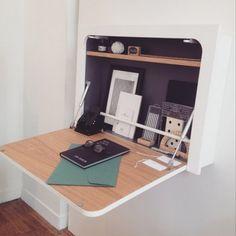 Un bureau gain de place                                                                                                                                                                                 Plus