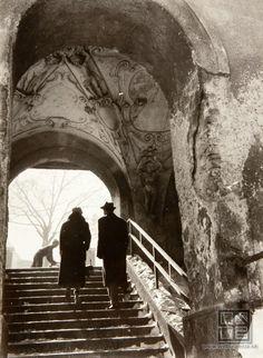 Pavol Poljak - Bratislava. Schodisko k Zámockej ulici  (Stairway to Zámocka street). 1940 - 1950. S)