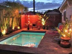28 Fabulous Small Backyard Designs with Swimming Pool Small Backyard Design, Small Backyard Landscaping, Backyard Fences, Backyard Ideas, Backyard Designs, Garden Ideas, Country Landscaping, Fence Landscaping, Fence Ideas