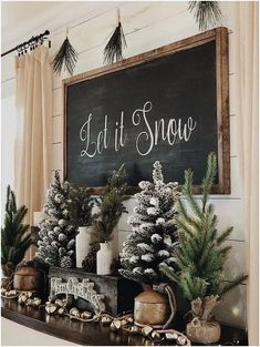 10 Farmhouse Christmas Decor Ideas That Are Simple And Cheap #farmhousechristmasdecor #christmasdecor #christmas | Home Sweet Home