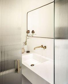 reeded glass door // black & white // bathroom - Home - Door Design Mid Century Rustic, Bad Inspiration, Bathroom Inspiration, Bathroom Toilets, Small Bathroom, Bathroom Ideas, Bathroom Inspo, Bathroom Faucets, Bathroom Glass Wall