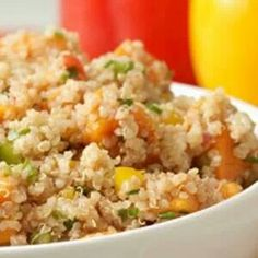 Salsa Chicken Quinoa is a simple taste!Ingredients•2 cups quinoa, uncooked•24 ounces cookedchicken•2 cups salsa•1 cup chopped raw onion•Diced jalapeno to taste (optional)