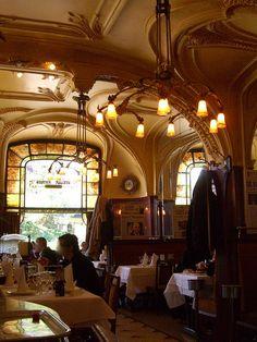 Brasserie Excelsior – rue Mazagran/rue Henri-Poincaré, Nancy (54) by Yvette Gauthier, via Flickr Art Nouveau Interior, Art Nouveau Architecture, Art And Architecture, Ville France, Nancy France, French Cafe, Belle Villa, Girl House, Beautiful Buildings