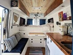 Astounding Camper Design Ideas Interior, As a typical RV, motorhome or caravan is quite just a little space you only need a little sum of the crystals. RV camper has each of the fundamental a. Camper Interior Design, Van Interior, Best Interior Design, Interior Ideas, Kombi Home, Van Home, Camper Van Conversion Diy, Van Living, Remodeled Campers