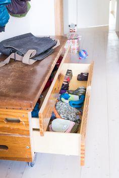 gebrauchte wohnungseinrichtung die besten 25 garderobe metall ideen auf pinterest