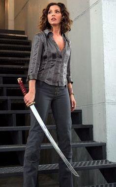 Cordelia Chase(Charisma Carpenter) - Buffy the Vampire Slayer & Angel demon fighting badass Joss Whedon, Cordelia Chase, Serie Charmed, Charisma Carpenter, Buffy Summers, Sarah Michelle Gellar, Buffy The Vampire Slayer, Spike Buffy, Female Characters