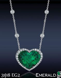 Surprise your loved ones with emerald pendant.